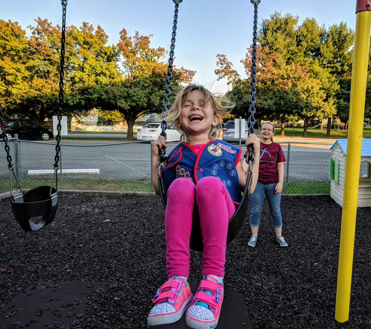 Awana kid swing